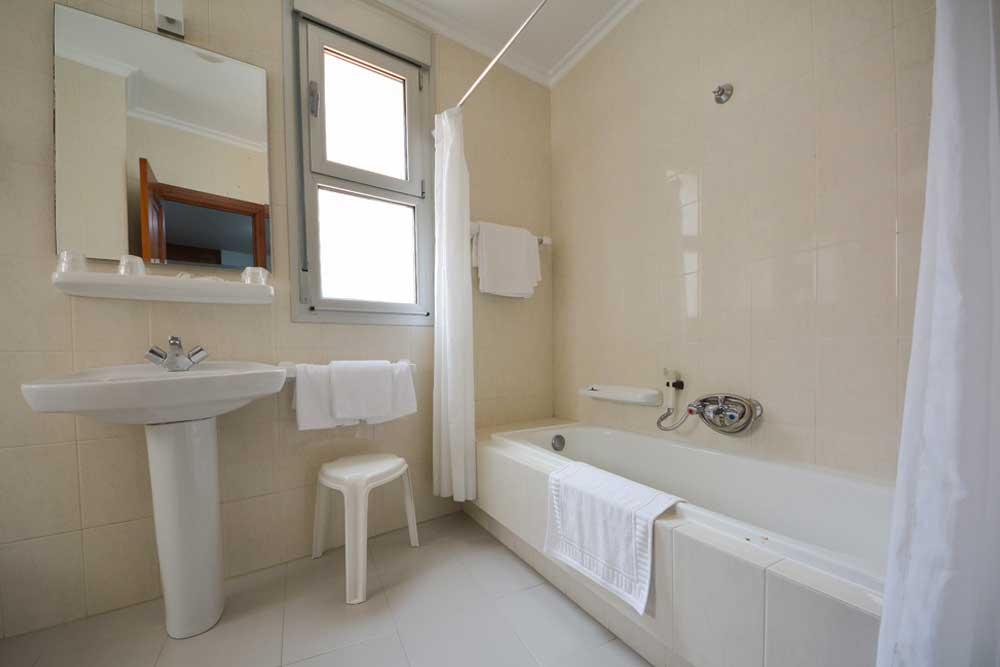 Hotel Room Pontevedra Direccion